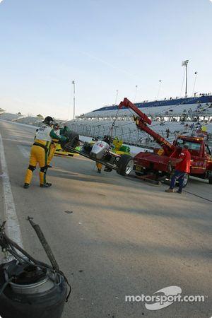 L'équipe Simple Green nettoie la piste