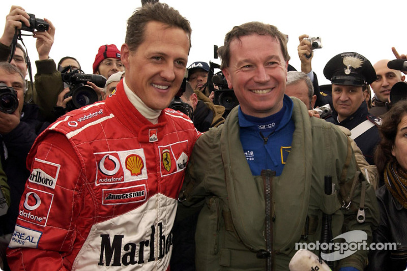 Michael Schumacher y Maurizio Cheli