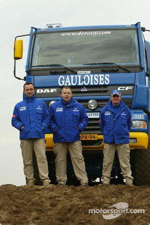 L'équipe d'assistance : Yvo Geusens, Dick Spruijt et Robert van den Broek