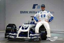 Testfahrer Marc Gene mit dem WilliamsF1 BMW FW26
