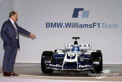 WilliamsF1 Teknik Direktörü Patrick Head ve yeni WilliamsF1 BMW FW26