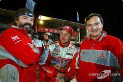 Le directeur sportif de Mitsubishi Dominique Serieys, avec Bernard Maingret et Jean-Paul Cottret