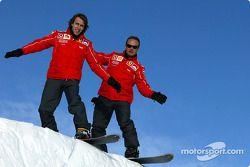 Rubens Barrichello ve Luca Badoer, snowboards