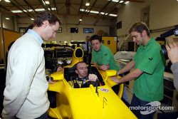 Bas Leinders has a seat fitting in the Jordan-Ford
