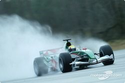 Mark Webber test ediyoryeni Jaguar R5, Ford'in Proving Ground Lommel, Belgium