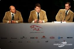 Direktör, mühendising for Jaguar Racing, Ian Pocock, Direktörü, Jaguar Racing, David Pitchforth ve C