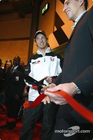 Jenson Button y Justin Wilson inauguran el Autosport International 2004