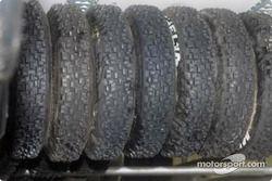 Une pile de pneus neige