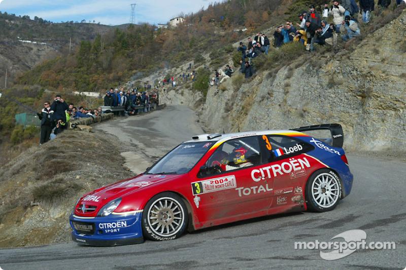 2004 - Deuxième victoire de Loeb : Citroën Xsara WRC
