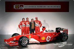 Luca Badoer, Rubens Barrichello, Jean Todt and Michael Schumacher with the new Ferrari F2004