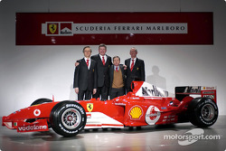 Paolo Martinelli, Ross Brawn, Jean Todt and Rory Byrne with the new Ferrari F2004