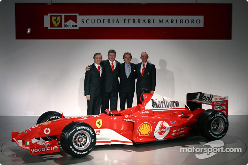 Paolo Martinelli, Ross Brawn, Luca di Montezemelo ve Rory Byrne ve yeni Ferrari F2004