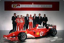 Ross Brawn, Luca Badoer, Rubens Barrichello, Jean Todt, Luca di Montezemelo, Michael Schumacher, Ror