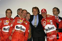 Luca Badoer, Rubens Barrichello, Jean Todt, Luca di Montezemelo and Michael Schumacher with the new