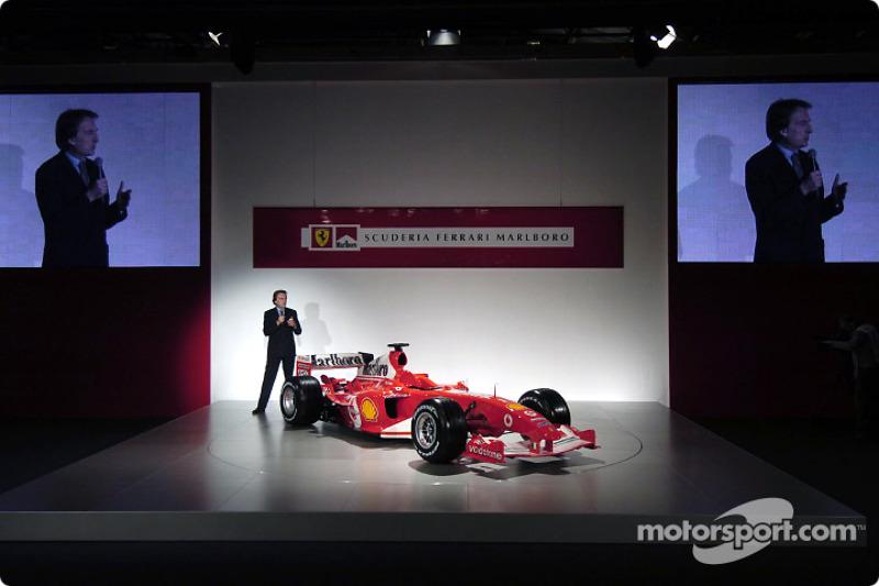 Лука ді Монтедземоло представляє Ferrari F2004