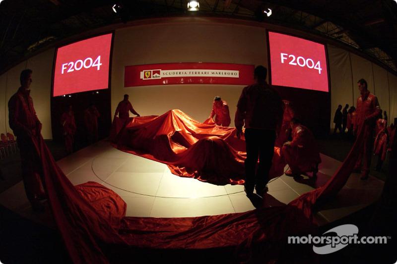 Ferrari takım elemanları prepare stage