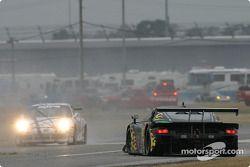 Another spin for #45 Gunnar Racing Porsche Fabcar: Gunnar Jeannette, Kyle Petty, Paul Newman, Michael Brockman
