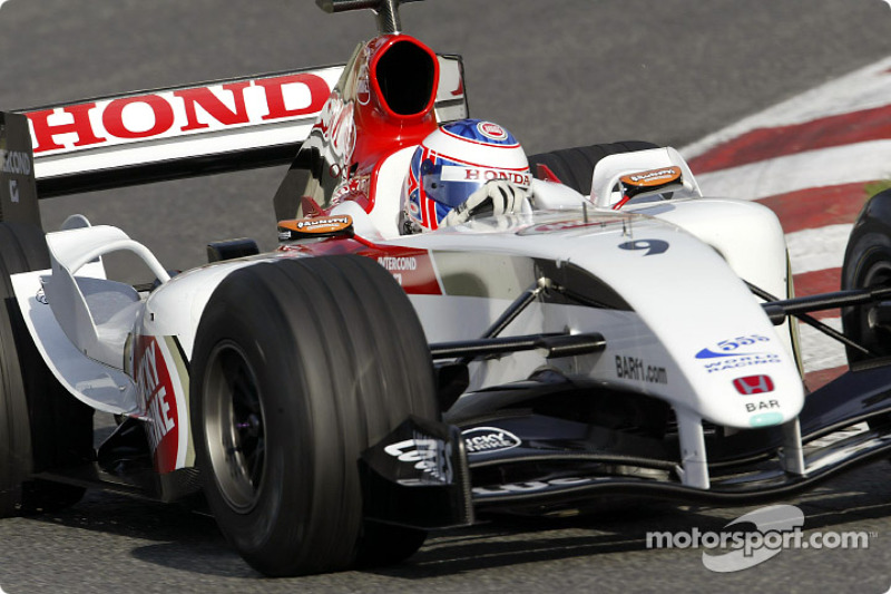 Jenson Button test ediyoryeni BAR 006