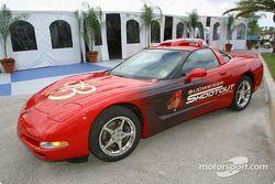 Le Pace Car du Budweiser Shootout