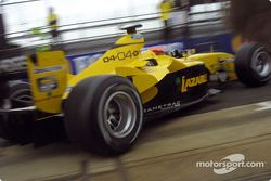 Timo Glock leaves garajı