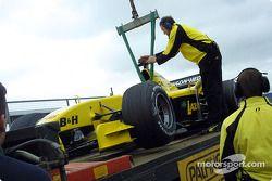 Nick Heidfeld'in otomobil is unloaded