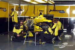 The EJ14 is dismantled