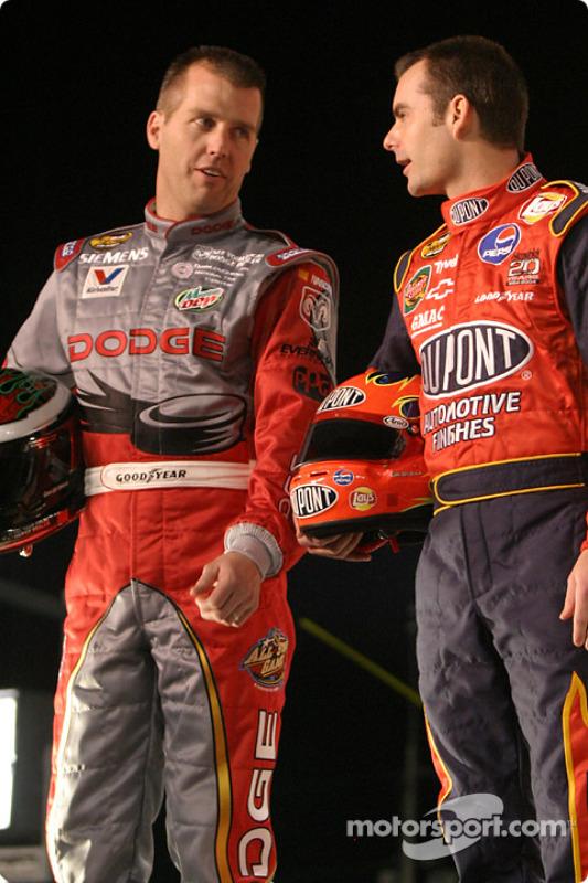 Jeremy Mayfield et Jeff Gordon à la présentation des pilotes