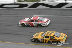 Dale Earnhardt Jr. y Matt Kenseth