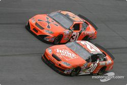 Tony Stewart y Robby Gordon