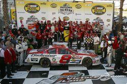 Dale Earnhardt Jr. celebrates with DEI crew