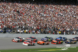 Elliott Sadler and Dale Earnhardt Jr. lead the field to the green flag
