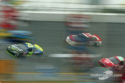 Brian Vickers, Dale Earnhardt Jr. et Jeremy Mayfield