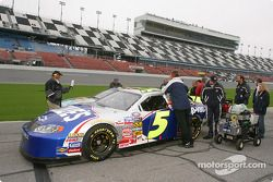 Lowe's Chevrolet on pit road
