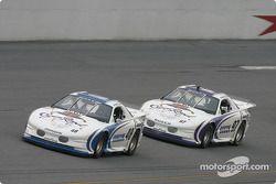 Jimmie Johnson et Kurt Busch