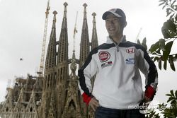 Takuma Sato front, Antoni Gaudi'in Temple de La Sagrada Familia