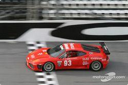 La Ferrari 360GT n°93 de Mastercar (Luca Drudi, Matteo Meneghello, Ferdinando Monfardini, Joe Colasacco, Ross Fonferko)