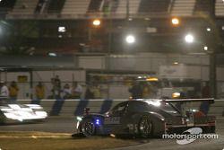 La Ford Multimatic n°5 du Essex Racing (Joe Pruskowski, Justin Pruskowski, Ross Bentley, Scott Maxwell) en tête-à-queue