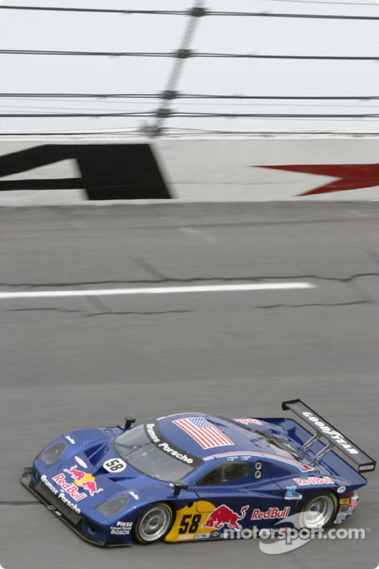 La Porsche Fabcar n°58 du Brumos Racing (David Donohue, Darren Law, Sascha Maassen, Lucas Luhr)