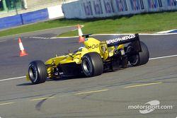 La voiture de Giorgio Pantano fume