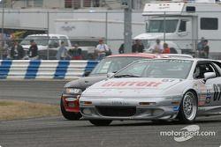 La Lotus Esprit n°07 du Rapier Racing (Zack Zarcadoolas, Charles Rayhall)