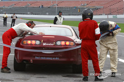 Pitstop for #86 Road Runner Racing Toyota Supra: Bob Henderson, Eric Van Cleef, Chip Herr