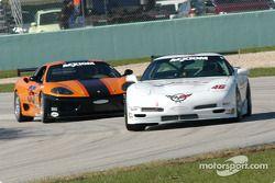 La Corvette n°46 du Michael Baughman Racing (Gary St. Amour, Mike Yeakle) et la Ferrari 360 Challeng