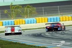 La Chevrolet Crawford n°2 du Howard - Boss Motorsports (Andy Wallace, Milka Duno) et la BMW Picchio n°80 du G&W Motorsports (Steve Marshall, Roger Scotton, Price Cobb)