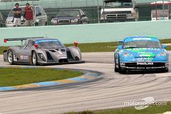 #41 Orison-Planet Earth Motorsports Porsche GT3 Cup: Joe Nonnamaker, Will Nonnamaker, and #5 Essex R