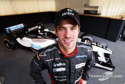 Tiago Monteiro yeni Minardi PS04B