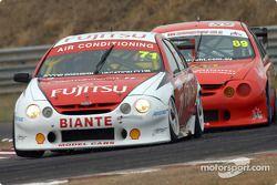 Owen Kelly dans la Ford du Team Fujitsu était sous pression tout le week-end