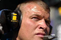 Telefonica I-Mode promo event: a Renault F1 team member