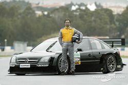 Heinz-Harald Frentzen avec l'Opel Vectra GTS V8 DTM