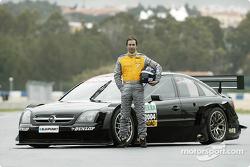 Heinz-Harald Frentzen mit dem Opel Vectra GTS V8 DTM