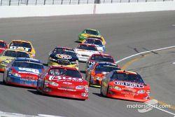 Dale Earnhardt Jr. dépasse Jeff Gordon